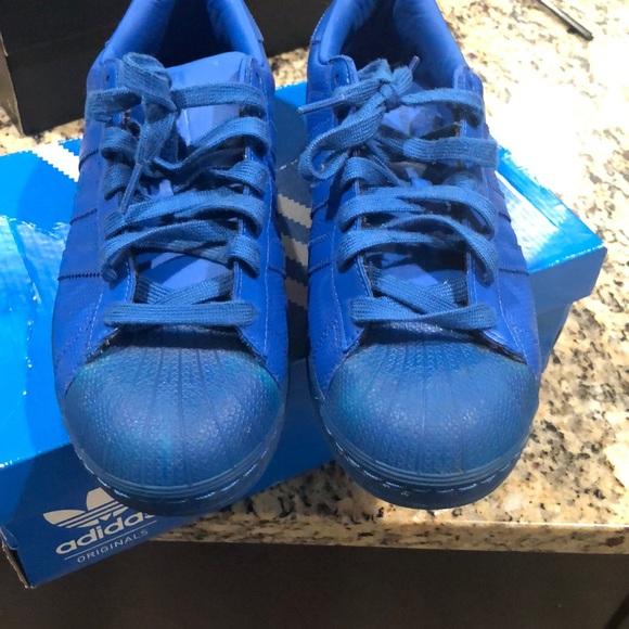 sports shoes 7b54c 4e7ff All blue shell toe adidas